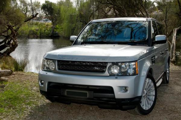 range rover sport 2010 review. Black Bedroom Furniture Sets. Home Design Ideas