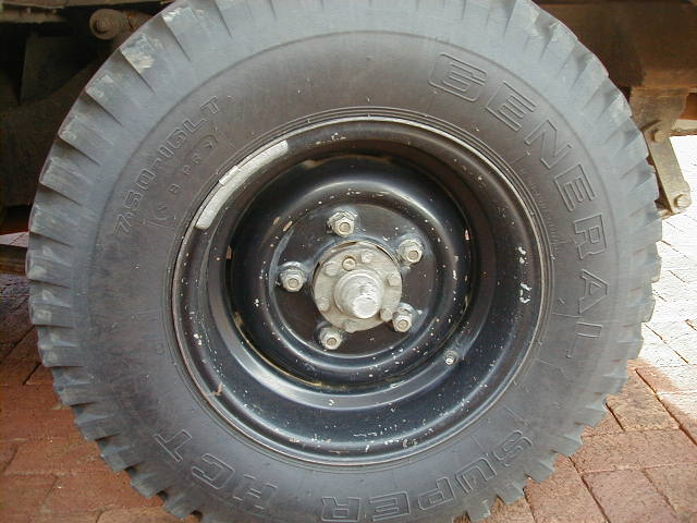 Land Rover Tyre and Treads for 4x4 off road driving