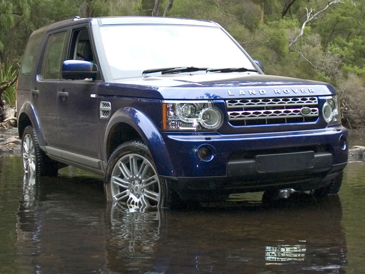 land rover discovery 4 review. Black Bedroom Furniture Sets. Home Design Ideas